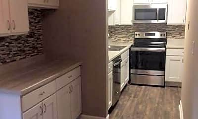 Kitchen, 4758 St Joseph Creek Rd, 1