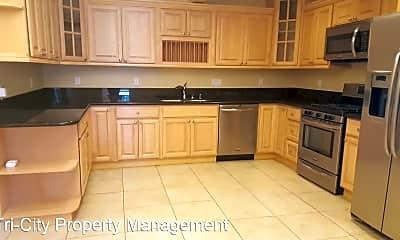 Kitchen, 24623 Margaret Dr, 1