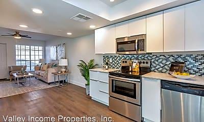 Kitchen, 419 W 7th St, 1