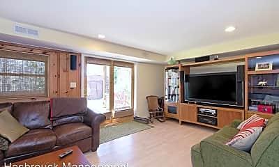 Living Room, 312 Monte Vista Ave, 1