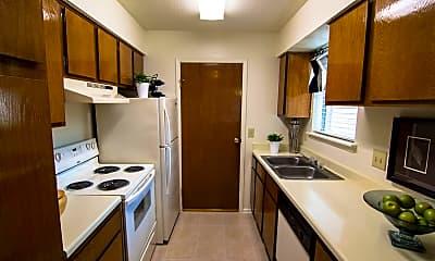 Kitchen, 10701 Sabo Rd, 1