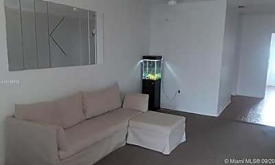 Living Room, 7921 East Dr, 1