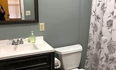 Bathroom, 1212 Center St, 1