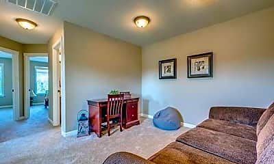 Living Room, 2622 NE 131st Ct, 2