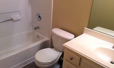 Bathroom, 2705 Lynx Ln, 2