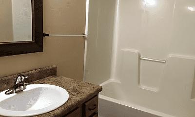 Bathroom, 3128 W Melbourne St, 2