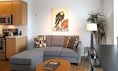Living Room, Hawthorne 31, 1