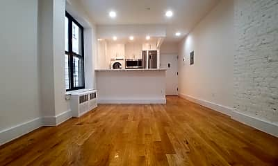 Living Room, 3 W 137th St 6-A, 1