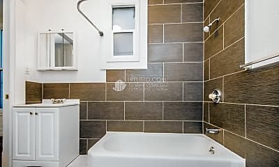 Bathroom, 528 Divisadero St, 2