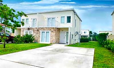 Building, 26097 SW 135th Ct, 1