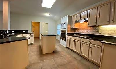 Kitchen, 5609 Vineyard Ln, 1