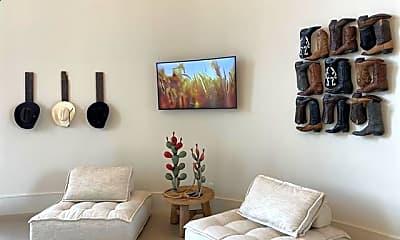 Living Room, 172 College Park Dr A1, 2