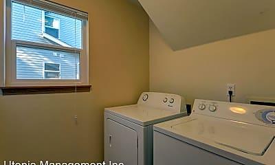 Bathroom, 2128 Harris Ave, 2