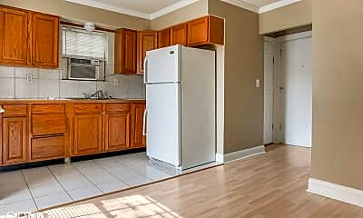 Kitchen, 301 E Robert St, 2