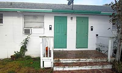 Building, 228 N Oleander Ave, 1