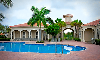 Pool, 6760 Heritage Grande, 2