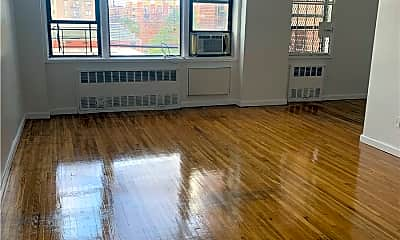 Living Room, 91-15 Lamont Ave 5A, 0