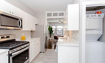 Kitchen, 5009 N Ashland Ave 3E, 1