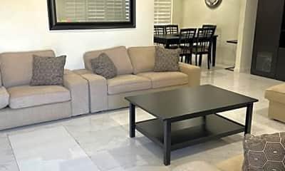 Living Room, 1212 E Commonwealth Ave, 1