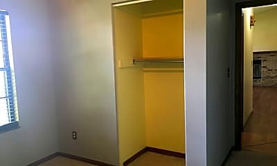 Bathroom, 927 Timberwood Dr, 2