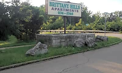Brittany Hills Apartments, 1