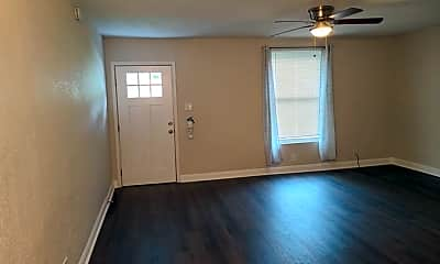 Living Room, 10446 Mountain View, 2