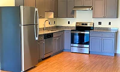 Kitchen, 62 Roxbury St, 1