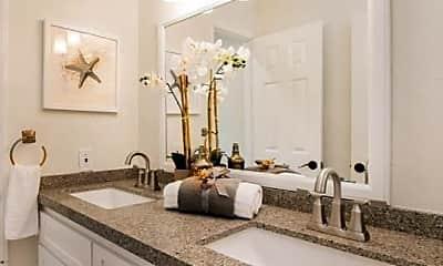 Bathroom, 36 Tanglewood, 2