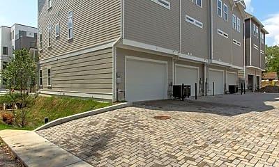 Building, 432 Merritt Ave, 2