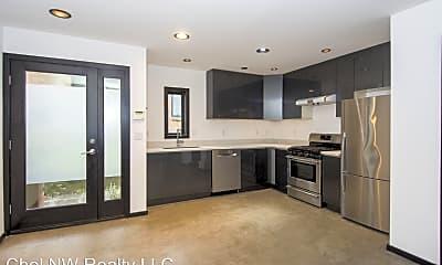 Living Room, 814 S Cloverdale St, 1
