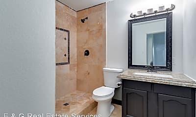 Bathroom, 1320 W 6th St, 2