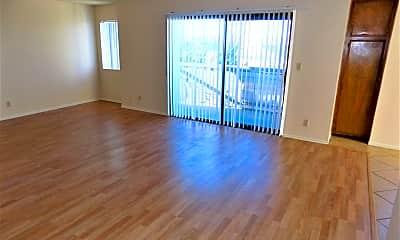 Living Room, 853 W 24th St, 1