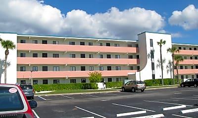 Building, 2467 S Washington Ave 401, 0