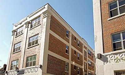 Building, 400 Elmwood, 1