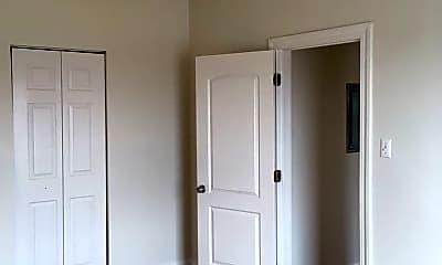 Bedroom, 7559 N Ridge Blvd, 2