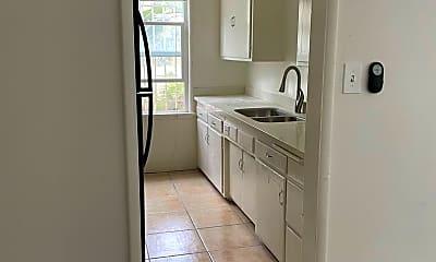 Bathroom, 8017 Selma Ave, 2