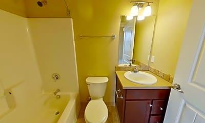 Bathroom, 950 Alder St, 2