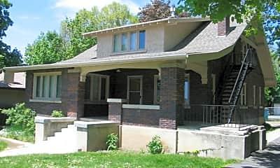 Building, 631 E 400 N, 2