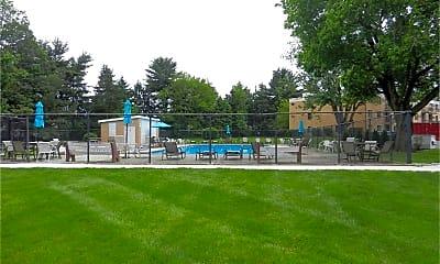 Playground, 1575 W Street Rd, 2