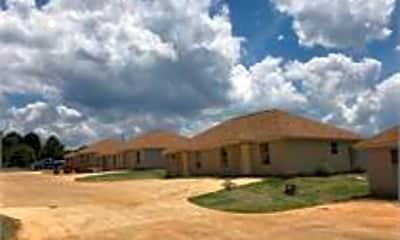 Building, 185 Brownlee Rd, 1