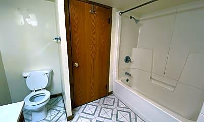 Bathroom, 2722 College St, 2