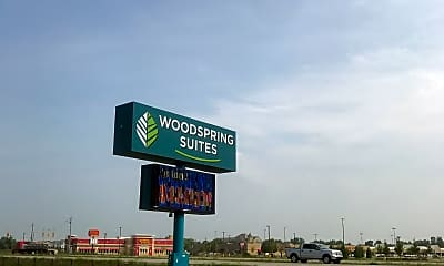 WoodSpring Suites Holland, 1