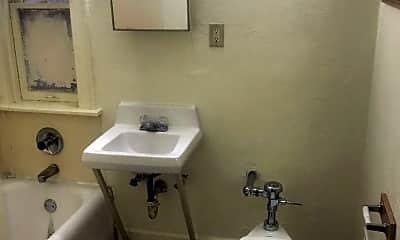 Bathroom, 4505 N 29th St, 1