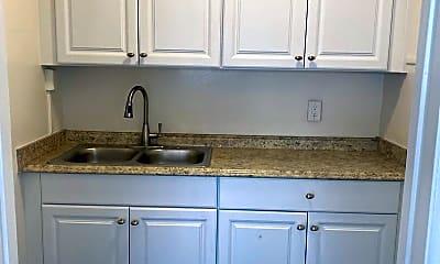 Kitchen, 12603 Eucalyptus Ave, 2