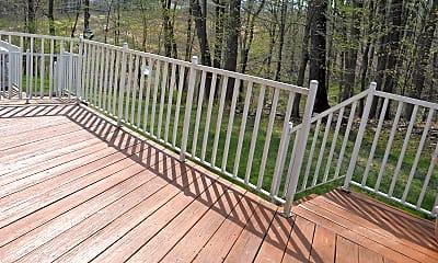 Patio / Deck, 52 Pinfold Ct, 2