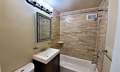 Bathroom, Penn Manor, 2