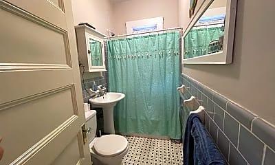 Bathroom, 591 Beacon St, 2