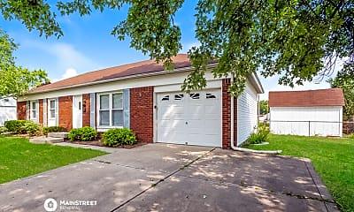 Building, 304 Maplebrook Dr, 1