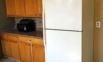 Kitchen, 213 Barnes Ave 213, 2
