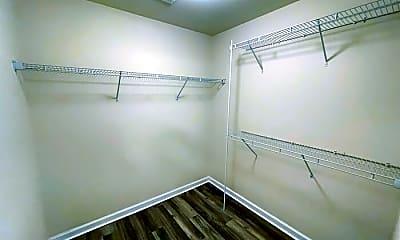 Bathroom, 107 Plummet Ct, 2